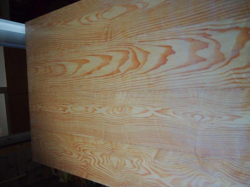 Artica decoratie hout en marmerimitaties - Hout deco trap ...